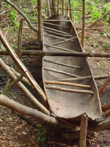 canoa de casca de jatobá