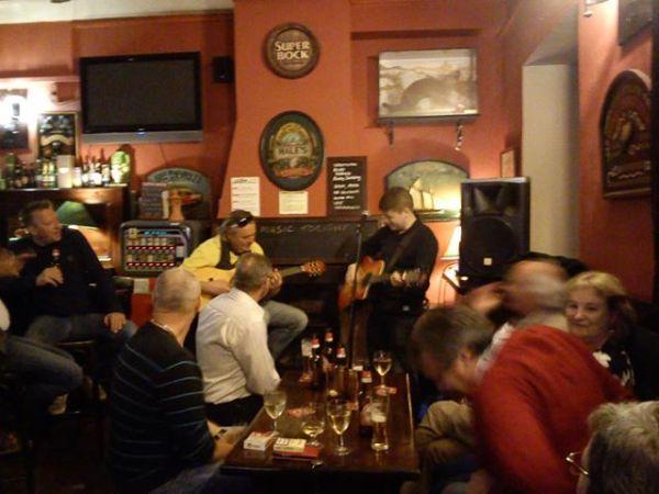 Gary Vesey Irish Bar Tavira