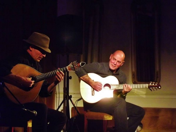 guitarras no Cenas
