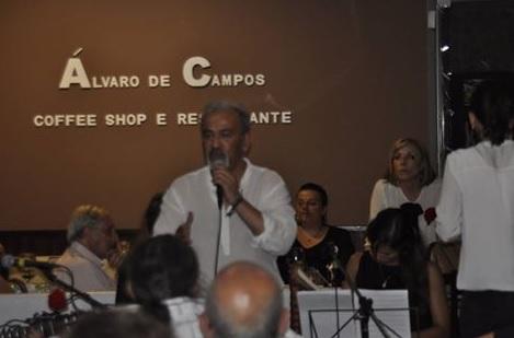 Celebrando o 25 de Abril no restaurante Álvaro de Campos