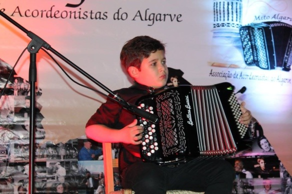acordeonistas do algarve na sociedade Luzense